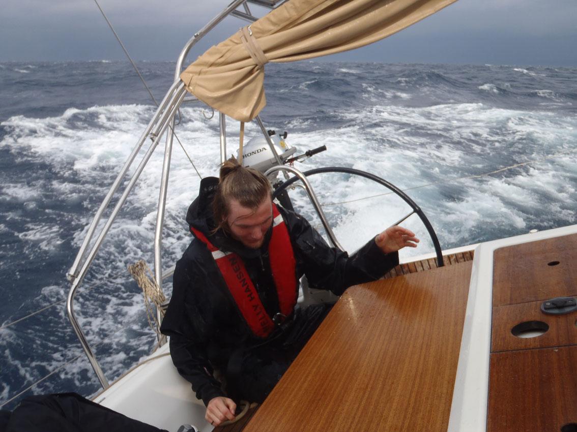 seiling i hard vind